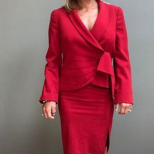 Armani collezioni red suit  Sz 6 42